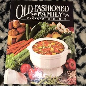 Other - Vintage Old-fashioned family cookbook